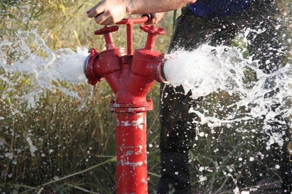 Использование резервуаров для воды в противопожарной системе и быту